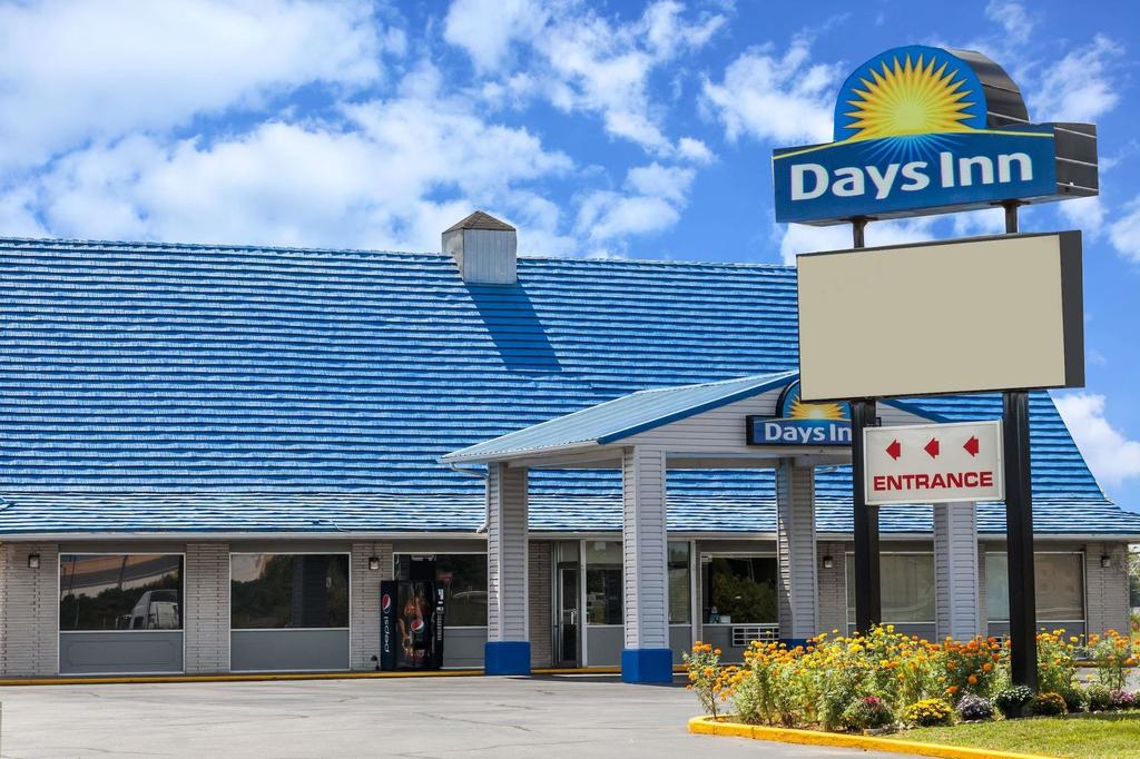 Days Inn by Wyndham Seymour, Jackson