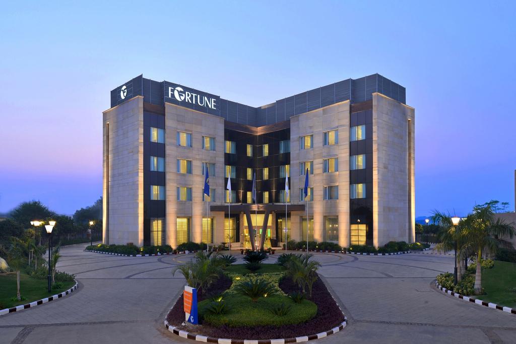 Fortune Park Orange- Member ITC Hotel Group, Gurgaon
