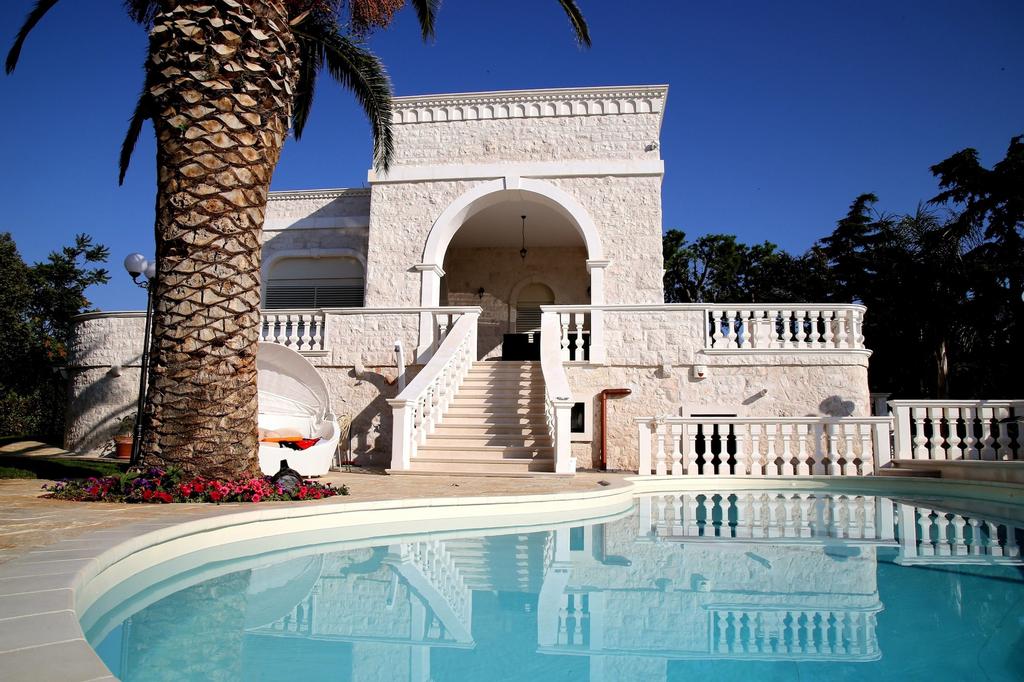 Villa Angelina, Brindisi