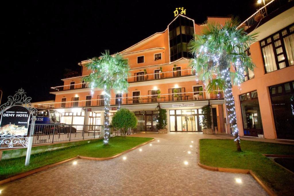 Demy Hotel, Massa Carrara