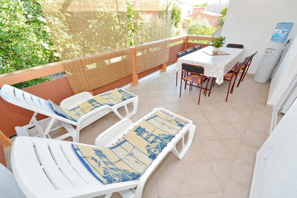 Apartment With 3 Bedrooms in Vir, With Enclosed Garden and Wifi - 250, Vir