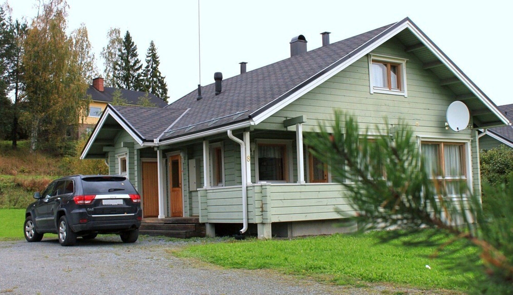 Nuppulanranta cottage by lake, Central Finland