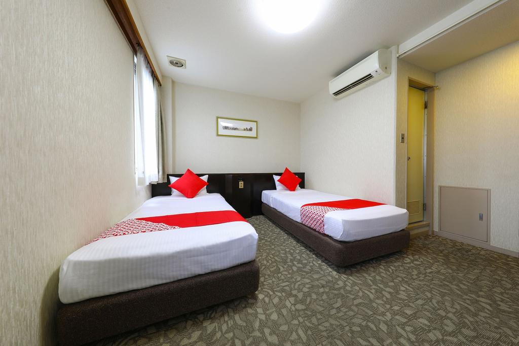 OYO Business Hotel Shinkawa Ube, Ube