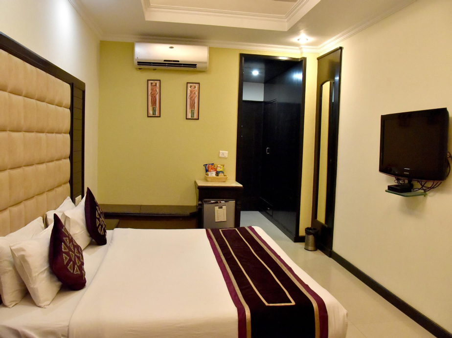 OYO 2148 Hotel Metro 43, Chandigarh