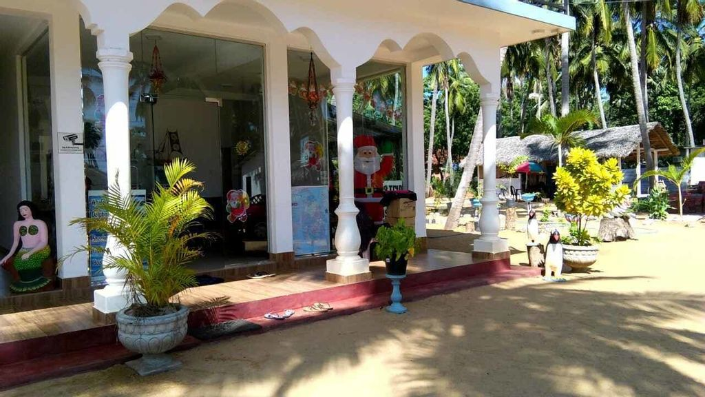 French Garden Resort, Trincomalee Town and Gravets
