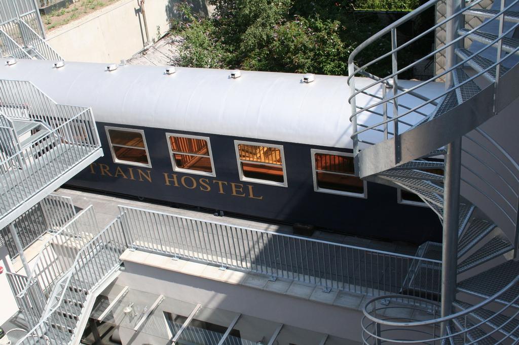 Train Cabin Hostel, Bruxelles