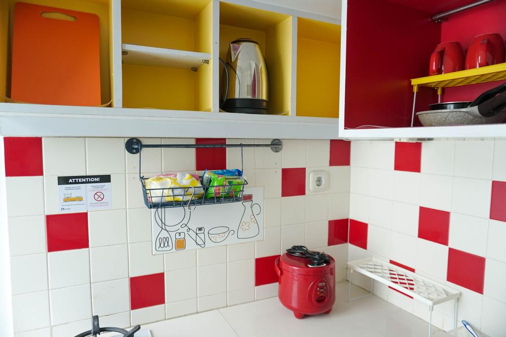 Enjoy 1BR Apartment at Pancoran Riverside By Travelio, Jakarta Selatan