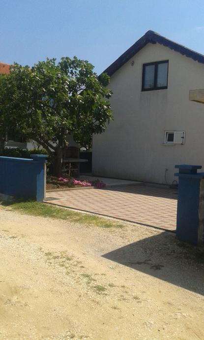 Apartment Tara, Nin