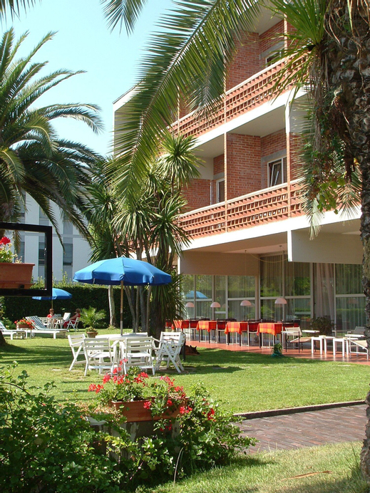 Hotel Marina, Massa Carrara