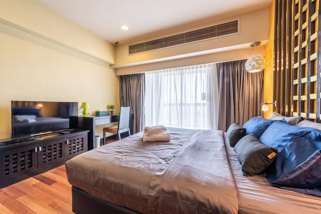 Sunway Pyramid Home Stay Link to Shopping Mall Theme Park, Kuala Lumpur