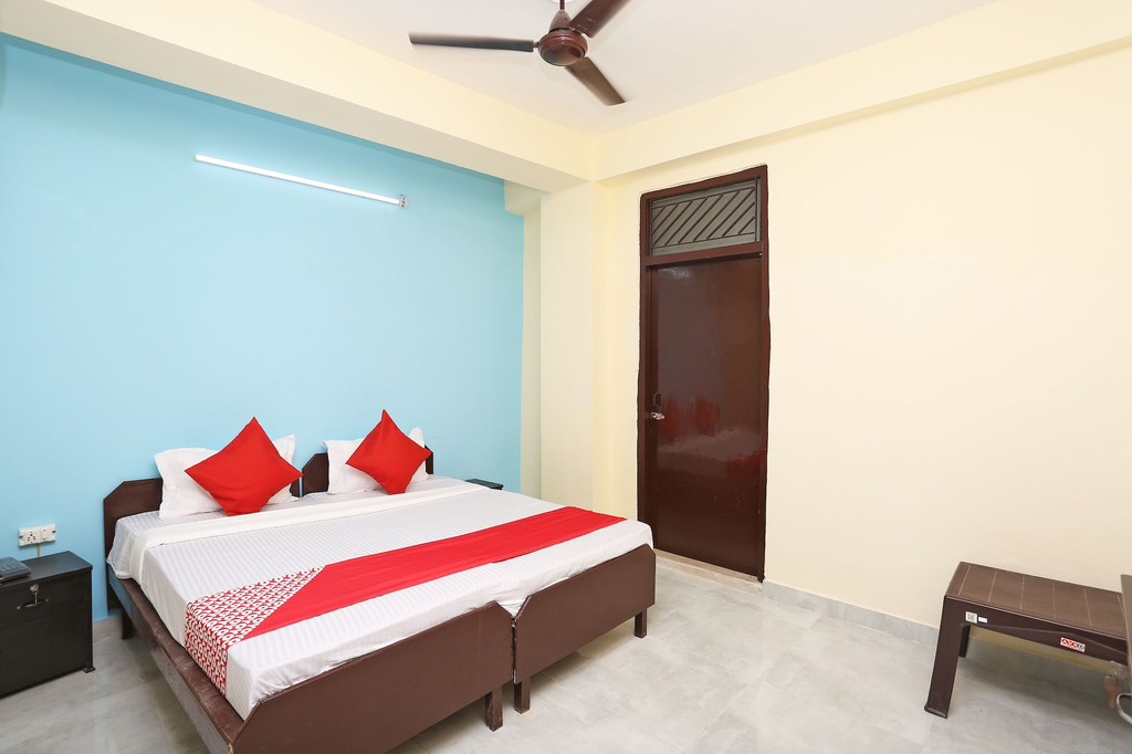 OYO 44809 Hotel Dream Connect, Ghaziabad