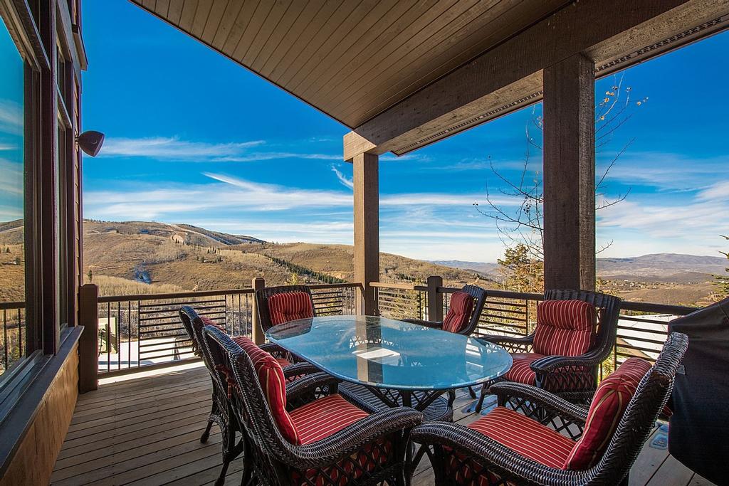 Blacktail Lodge - Five Bedroom Home, Summit