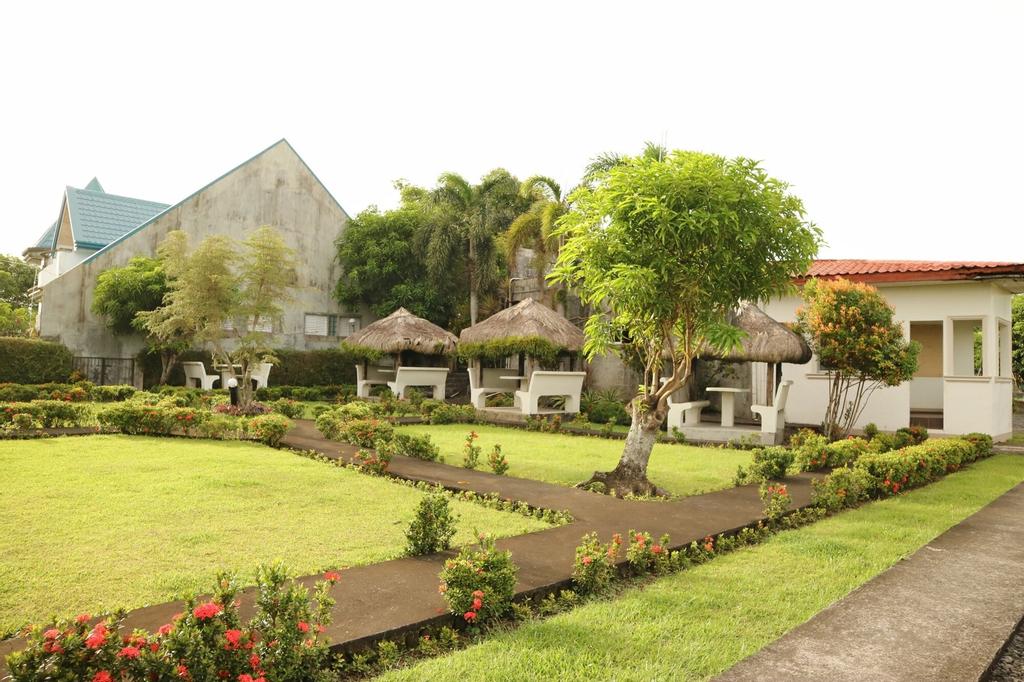 Mayon View Garden Apartelle & Restaurant, Legazpi City