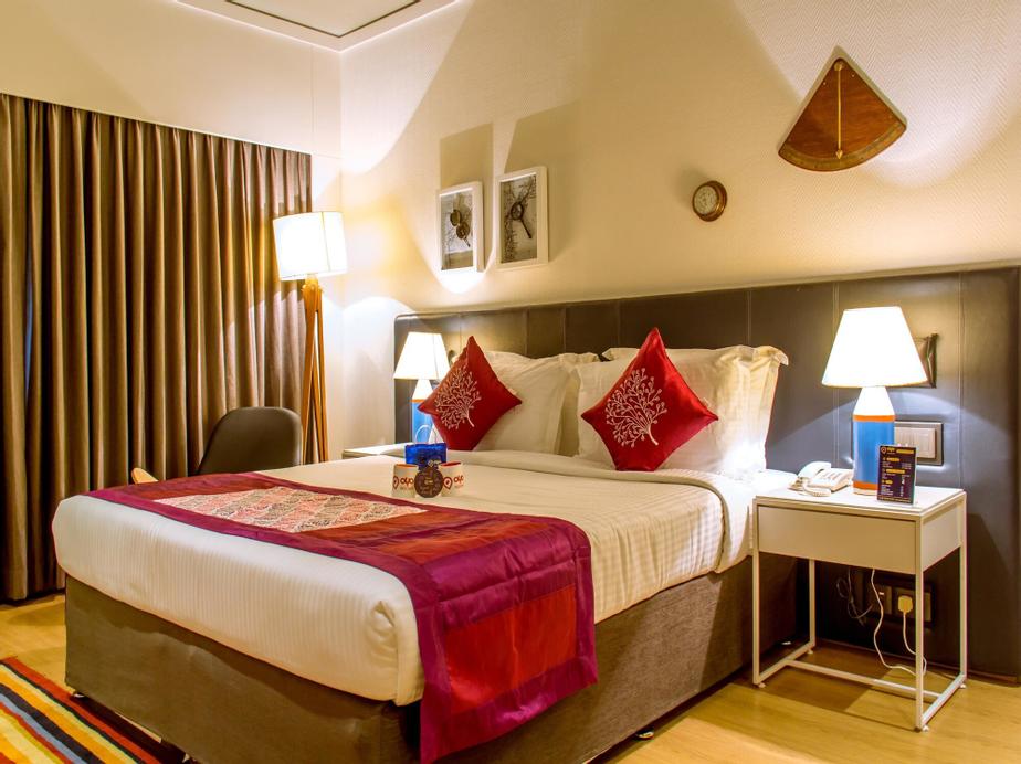 OYO 1447 The Port Hotel, Visakhapatnam