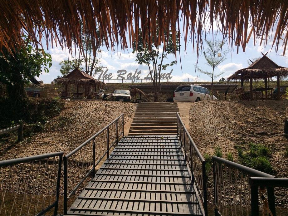 The Raft Land Resort, Thong Pha Phum