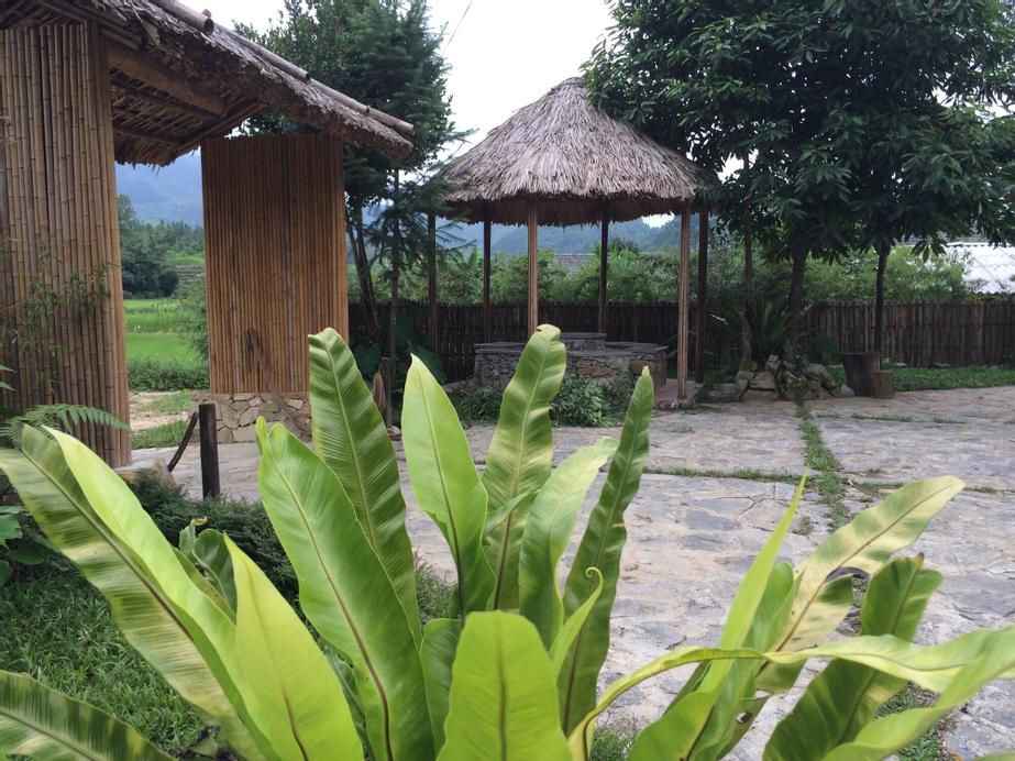 Dao Lodge, Quản Bạ