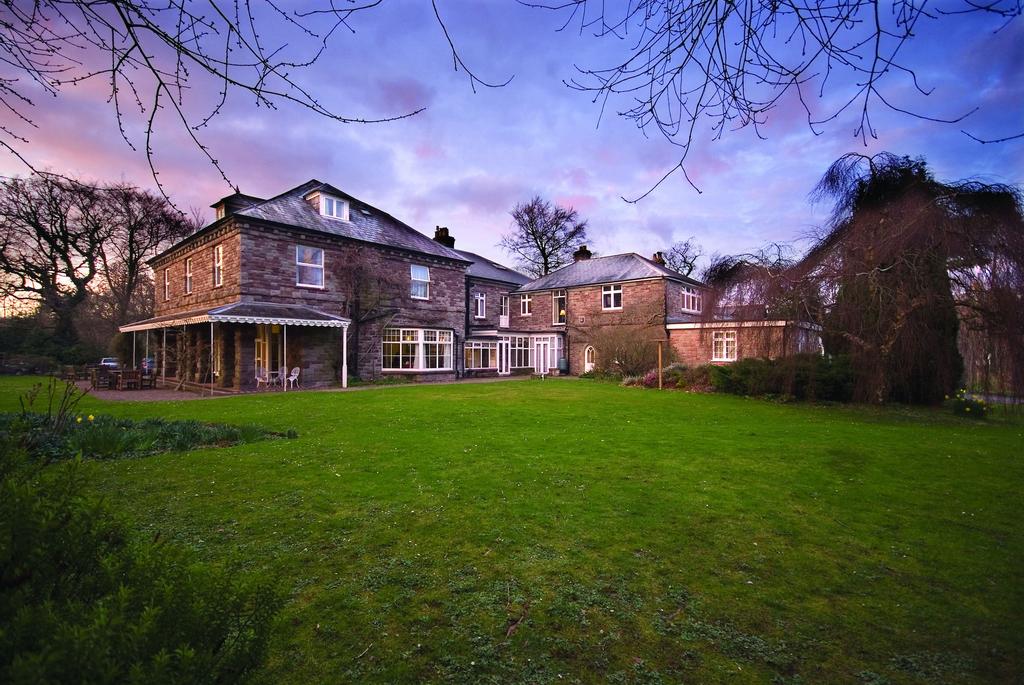 Nythfa House, Powys