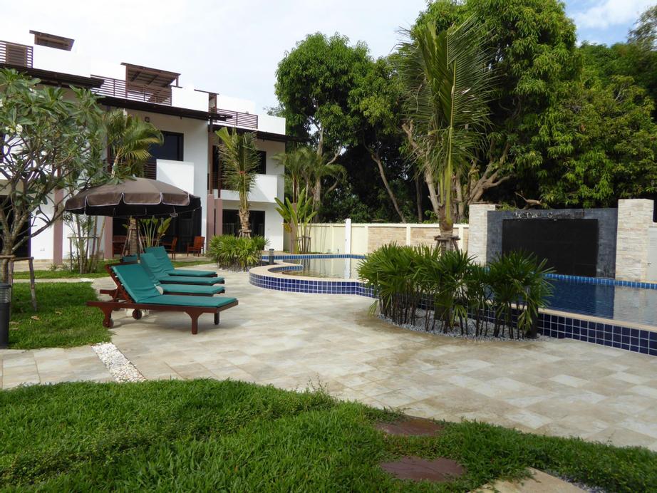 Oasis Garden and Pool Villa at VIP Chain Resort, Muang Rayong