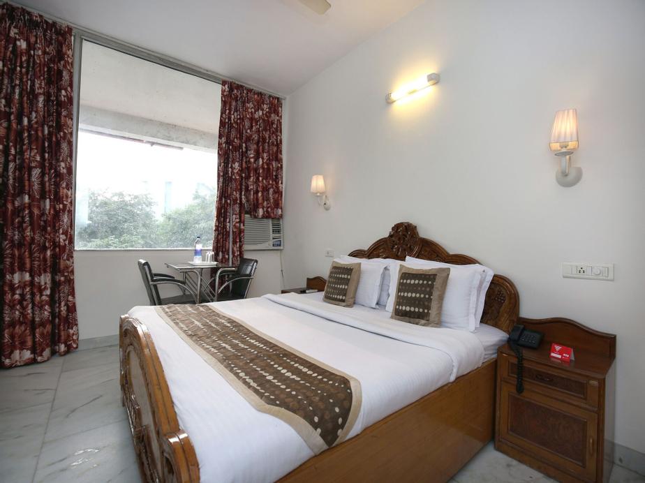 OYO 2431 Hotel Skylark, Chandigarh