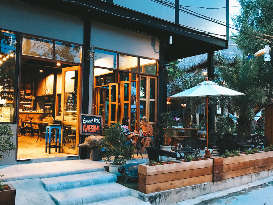 Lipe - Bloom Cafe and Hostel, Muang Satun