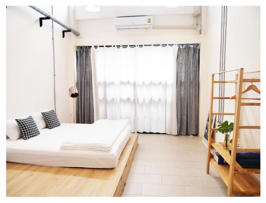 The Companion Hostel, Khlong San