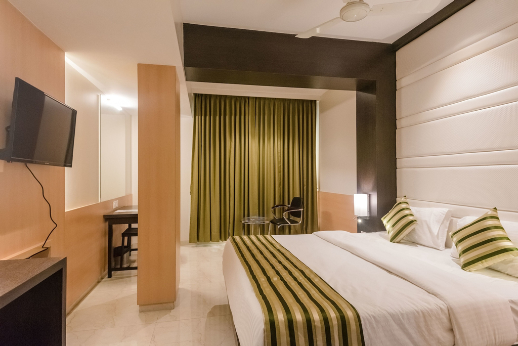 OYO 8010 Hotel Konar Inn, Thane