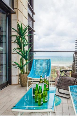 Bat Yam Sea View Apartment,