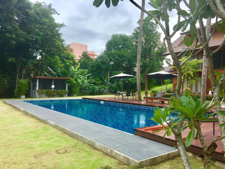 Riverhouse Resort Mae Sariang, Mae Sariang