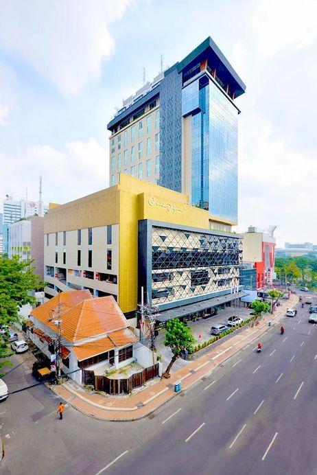 Grand Dafam Signature Surabaya, Surabaya
