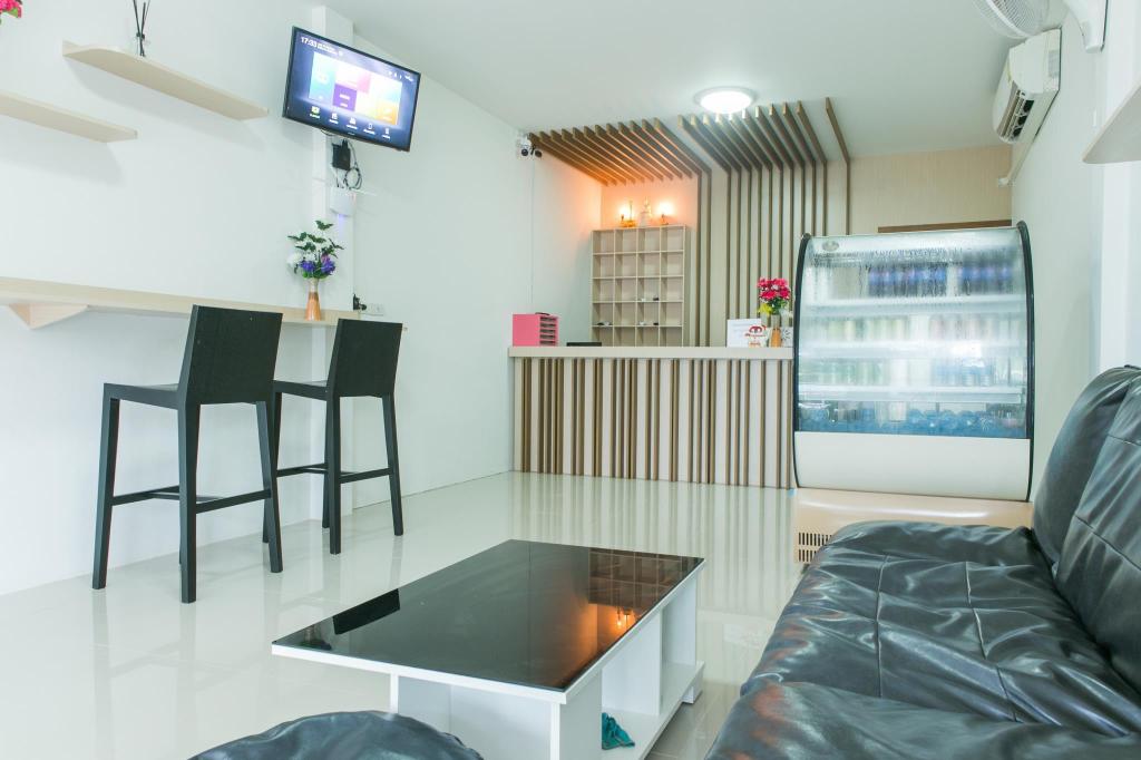 Cheaper Room, Muang Surat Thani