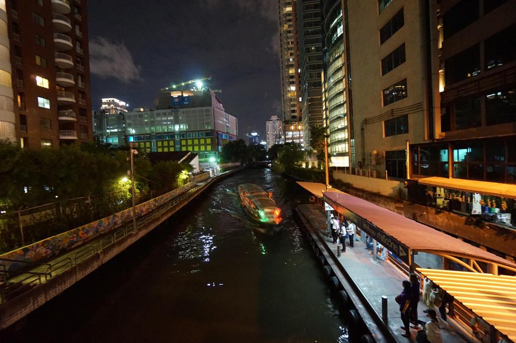 The Bangkok Venice Suite, Ratchathewi