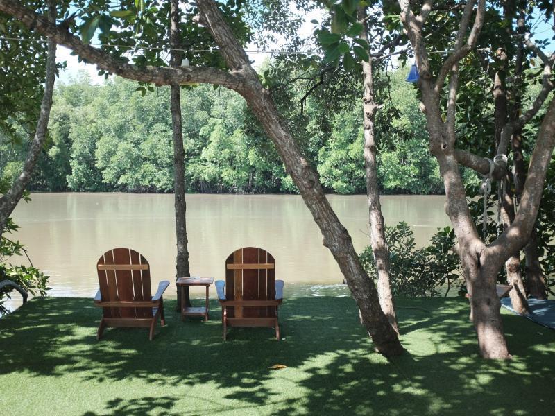 Anavilla Tangke Resort, Khanom
