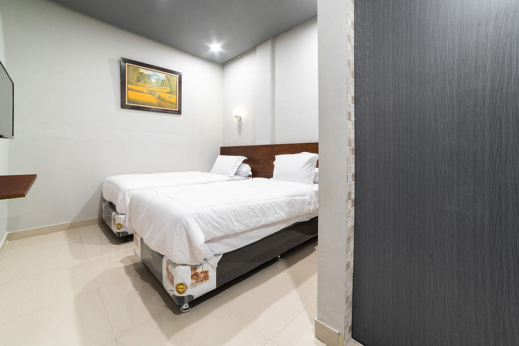 Glamour Hotel and Spa, Medan
