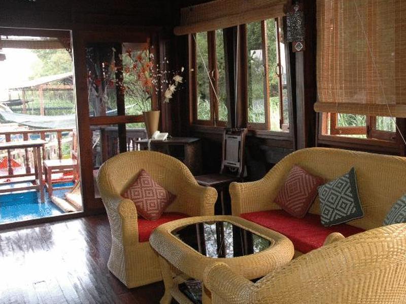 Mom Chailai River Retreat Hotel, Bang Len