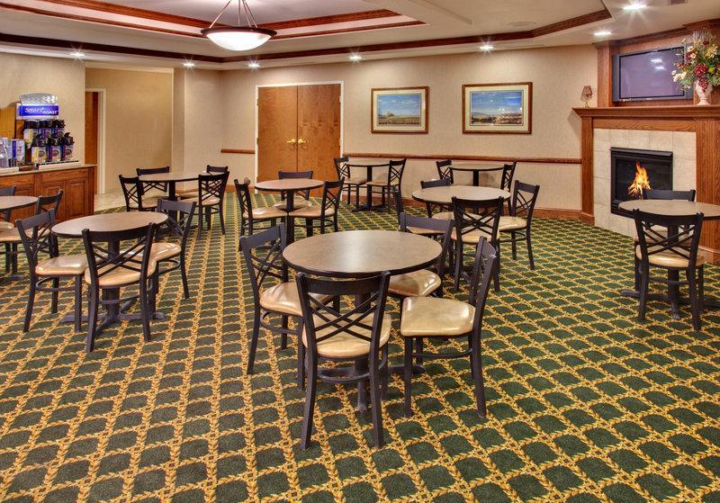 Holiday Inn Express & Suites Brookings, Brookings