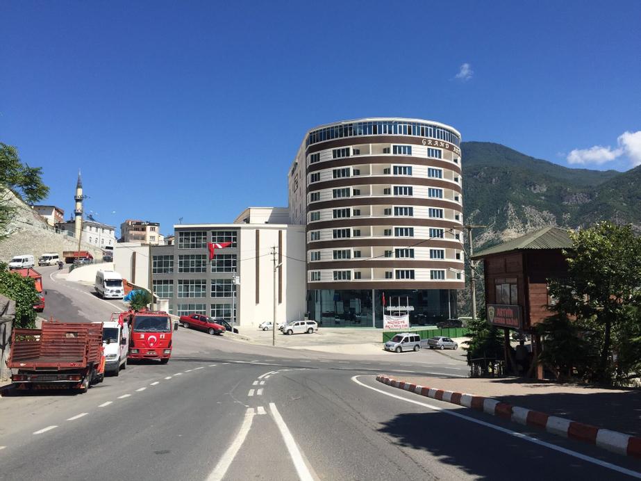 Grand Hotel Artvin, Merkez