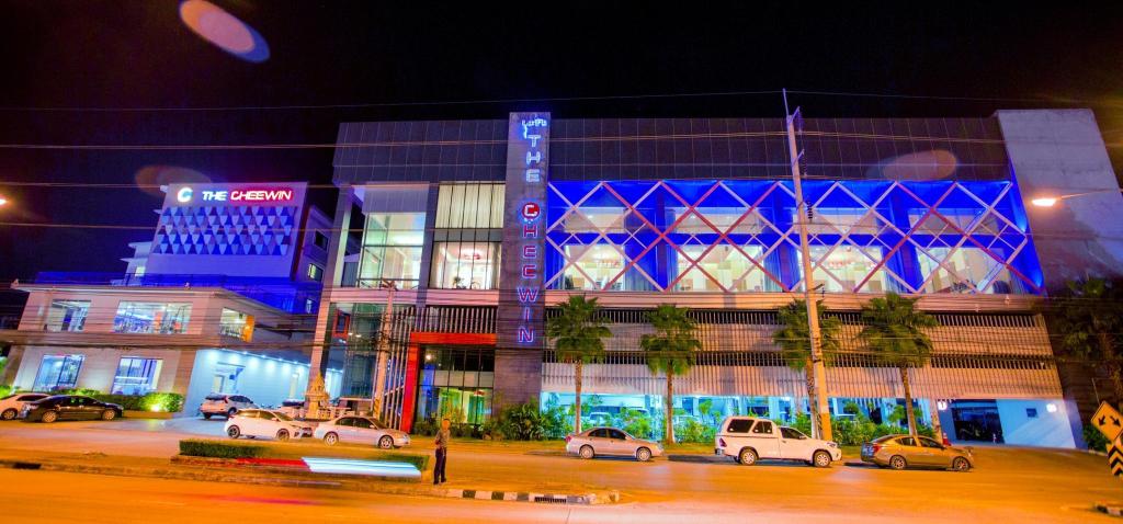 The Cheewin Hotel & Convention, Chum Phae