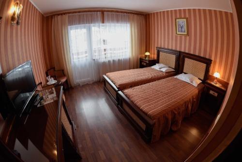 Hotel Select, Livadia
