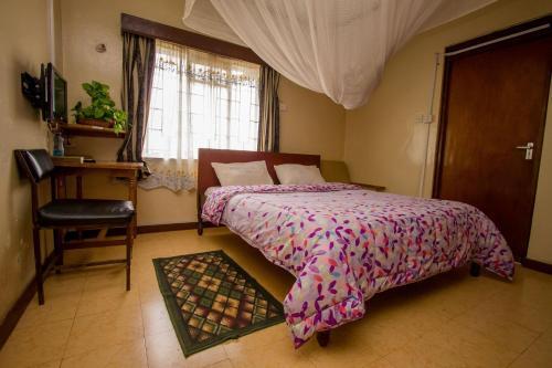 Meru Safari Hotel, North Imenti