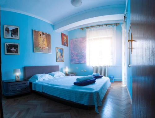 Universe Hostel,