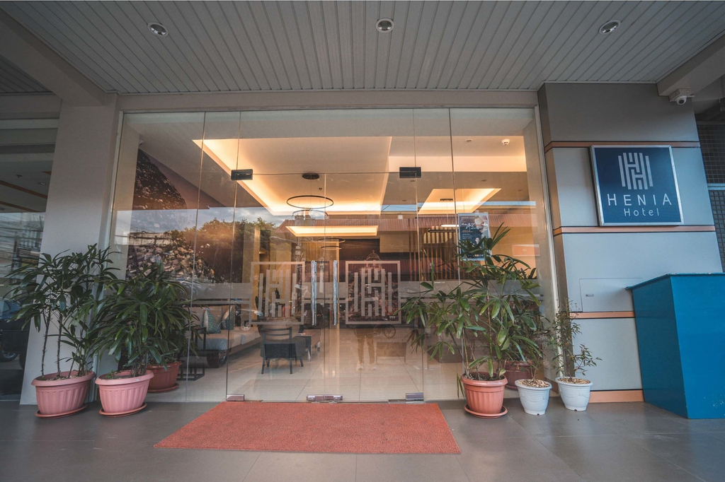 Henia Hotel, Dumaguete City