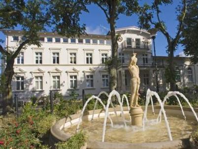 Hotel Apollo, Sławno