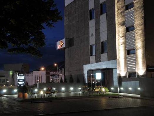 Hotel Synet, Mažeikių