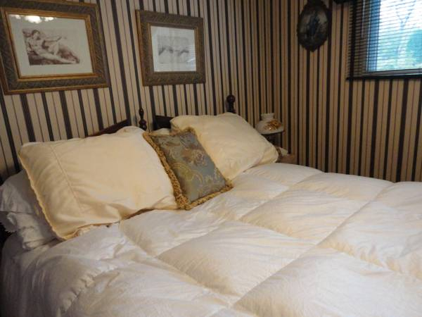 Northern Lights Bed & Breakfast, Division No. 11