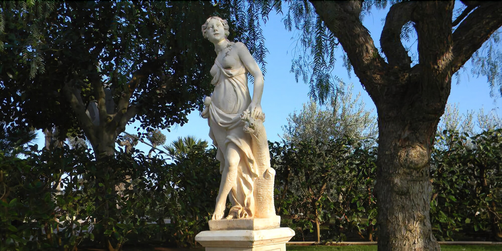 Villa Tonia, Brindisi