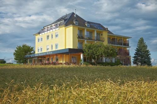 Hotel Perekop, Echternach