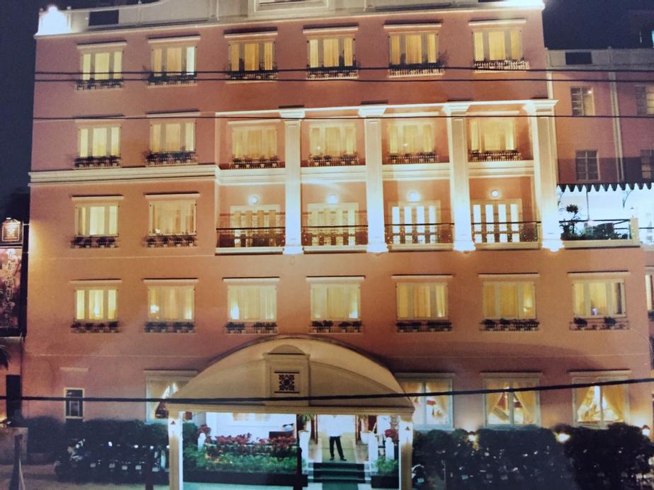 Capital Garden Hotel, Đống Đa