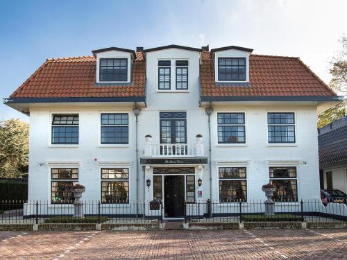 B & B Hotel The Baron Crown, Den Helder