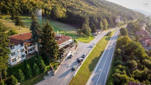 Hotel Happy, Dimitrovgrad