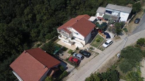 Guest Home Elena,